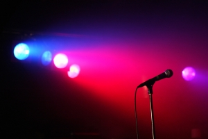 iStock_microphone_2