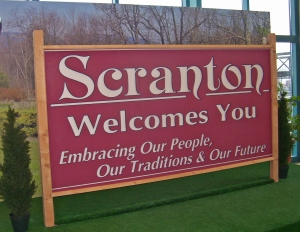 Scranton_welcome_sign_from_The_Office_credits