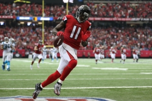 9585829-julio-jones-nfl-carolina-panthers-atlanta-falcons